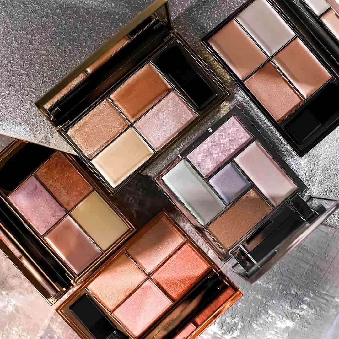 Sleek Makeup All Highlighter Palettes Open